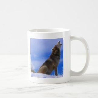 Lobo gris en peligro grito solo taza