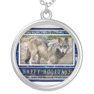 Lobo gris o collar del navidad de los lobos