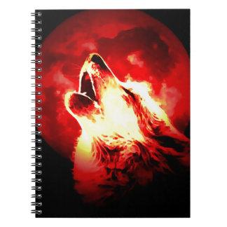 Lobo, luna y cielo rojo note book