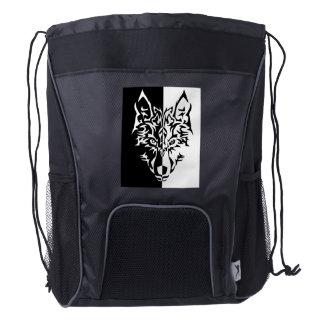 Lobo moderno tribal mochila de cordón