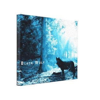 Lobo negro solamente en el bosque impresión en lona estirada