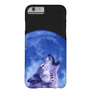Lobo que grita en el caso del iPhone 6 de la luna Funda Barely There iPhone 6