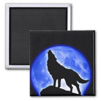 Lobo que grita en la luna imanes de nevera