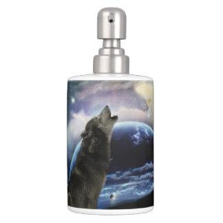 Lobo que grita en la luna set de baño