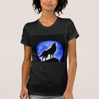Lobo que grita en la luna camiseta