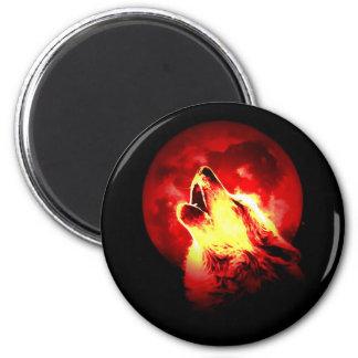Lobo que grita en la noche roja imán redondo 5 cm