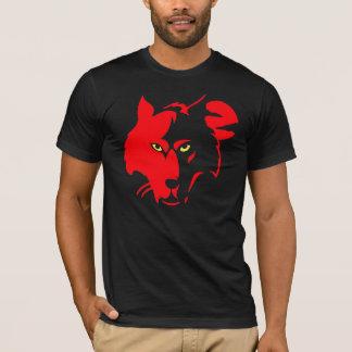 Lobo rojo en camiseta negra