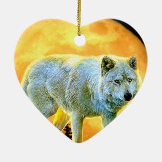 lobo rústico del claro de luna del arbolado del adorno navideño de cerámica en forma de corazón