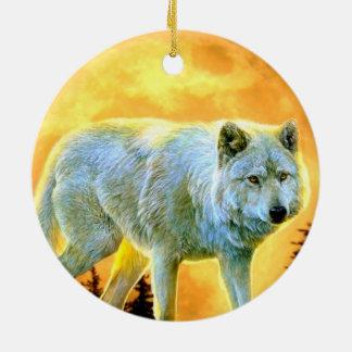 lobo rústico del claro de luna del arbolado del adorno navideño redondo de cerámica