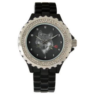 Lobo subió relojes de mano