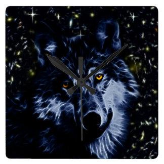 Lobo y estrellas reloj cuadrado