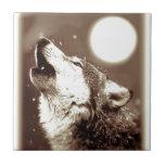 Lobo y luna de la sepia teja  ceramica