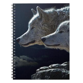 Lobos blancos en la Luna Llena Libretas Espirales