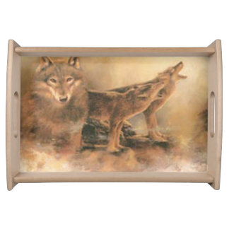 Lobos salvajes que sirven la bandeja