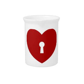 Locked heart design print fun true love pattern pitcher