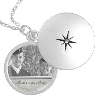 Locket conmemorativo de la foto de la familia collar redondo