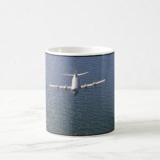 Lockheed CP-140 Aurora_Military Aircraft Coffee Mug