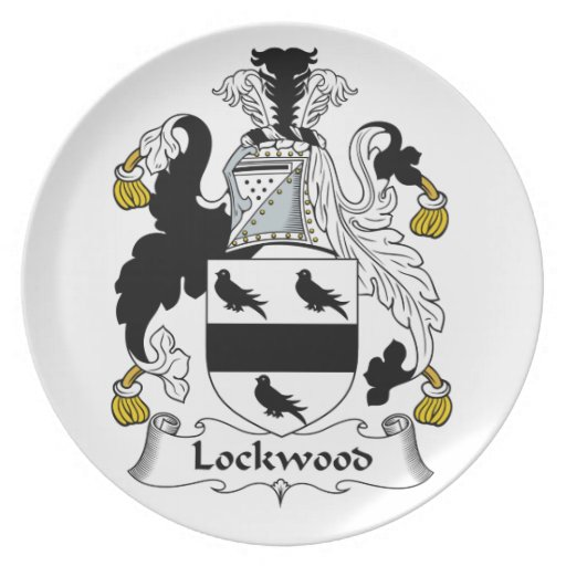 Lockwood Family Crest Party Plates