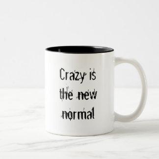 Loco está el nuevo normal taza de café