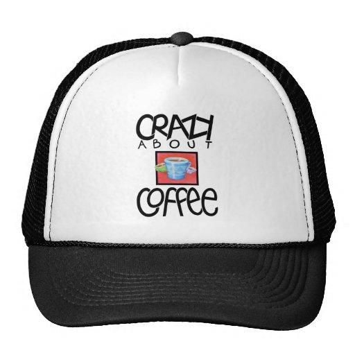 Loco por el gorra negro del café
