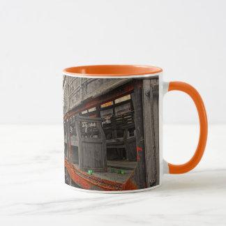Locomotive and train wagons ringer mug