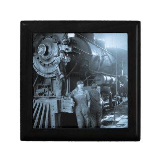 Locomotive Ladies Roundhouse Rosies World War I Gift Box