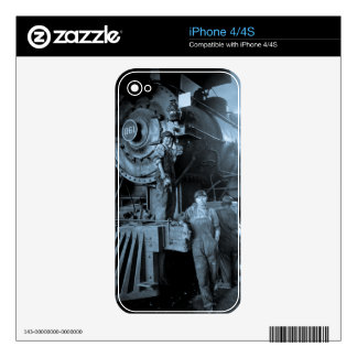 Locomotive Ladies Roundhouse Rosies World War I Skins For iPhone 4