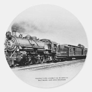 Locomotora de B&O en servicio Etiquetas Redondas