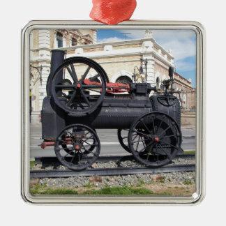 Locomotora de vapor temprana en Cartagena Adorno Cuadrado Plateado