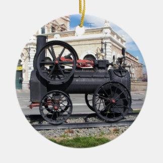 Locomotora de vapor temprana en Cartagena Adorno Redondo De Cerámica