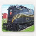 Locomotora GG-1 #4800 del ferrocarril de Pennsylva Alfombrillas De Ratón