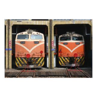 Locomotoras en la casa de máquinas de Changhua Ta Arte Con Fotos