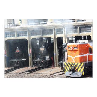Locomotoras en la casa de máquinas de Changhua Ta Fotos