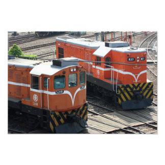 Locomotoras en la casa de máquinas de Changhua Ta Fotografias