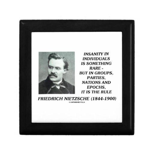 Locura en individuos algo Nietzsche raro Joyero Cuadrado Pequeño