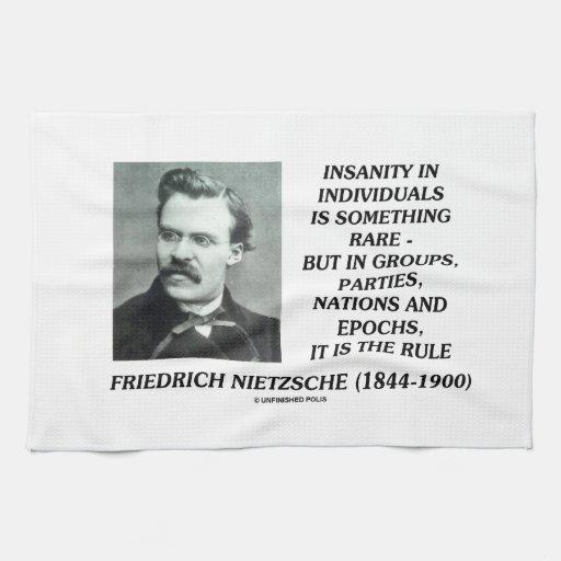 Locura en individuos algo Nietzsche raro Toalla De Cocina