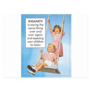 Locura que espera que los niños escuchen postales