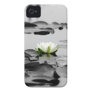 LOGO UNDERTAKEN HULLS iPhone 4 Casemate iPhone 4 Case-Mate Cases