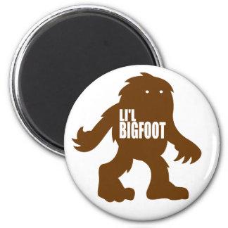 Logotipo adorable de LI'L BIGFOOT - Brown lindo Sa Imán Redondo 5 Cm