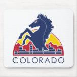 Logotipo azul de Colorado del caballo Mouse Pads