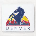 Logotipo azul de Denver del caballo