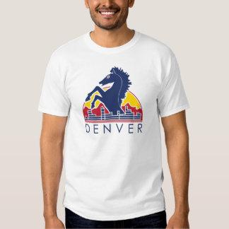 Logotipo azul de Denver del caballo Playeras