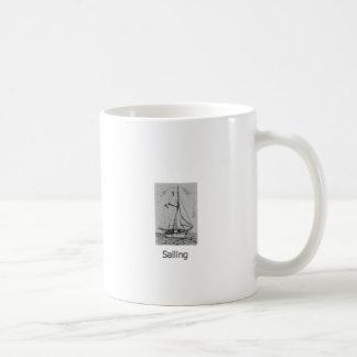 Logotipo clásico del Schooner de la pesca Tazas De Café