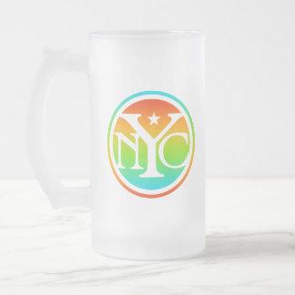 Logotipo colorido de NYC Taza De Cristal