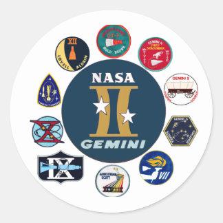 Logotipo conmemorativo de los géminis pegatina redonda