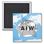 Logotipo de AIW en mapa del mundo Iman De Nevera