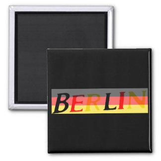 Logotipo de Berlín en bandera alemana Imán Cuadrado