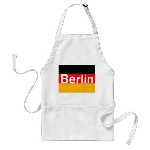 Logotipo de Berlín en blanco en bandera alemana Delantal