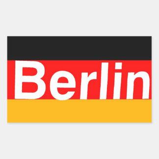 Logotipo de Berlín en blanco en bandera alemana Pegatina Rectangular