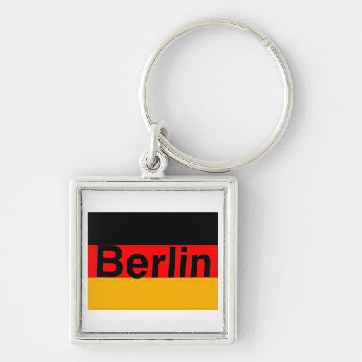 Logotipo de Berlín en negro en bandera alemana Llavero Cuadrado Plateado